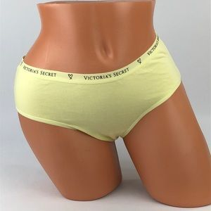 🆕😍 Victoria's Secret hiphugger yellow panty